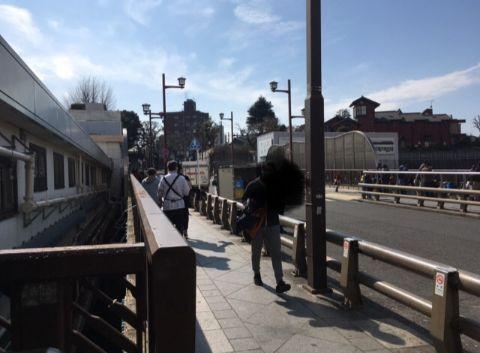 JR日暮里駅から出たところ