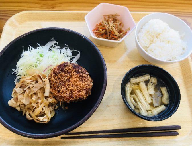 豚肉の生姜焼ムロアジのメンチカツ