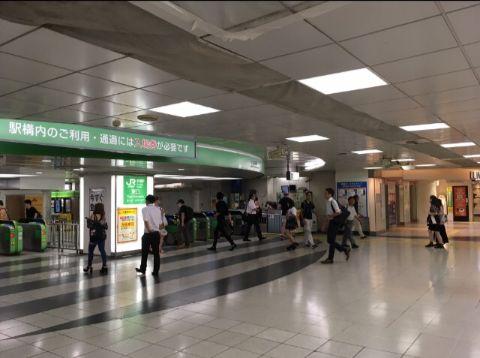 JR新宿駅_東口改札