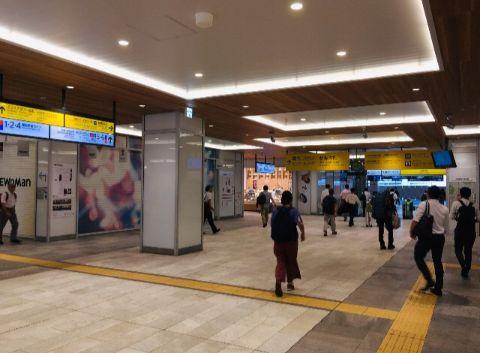 JR新宿駅_新南口改札内